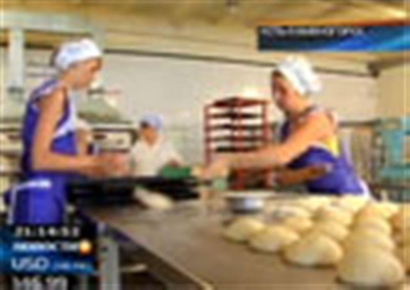 Хлебный скандал разгорается в Восточном Казахстане. Местные пекари заявили, что налоговый комитет практически уничтожает их бизнес