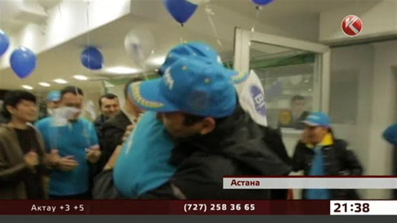 На «Дакаре» казахстанцы подняли флаг страны