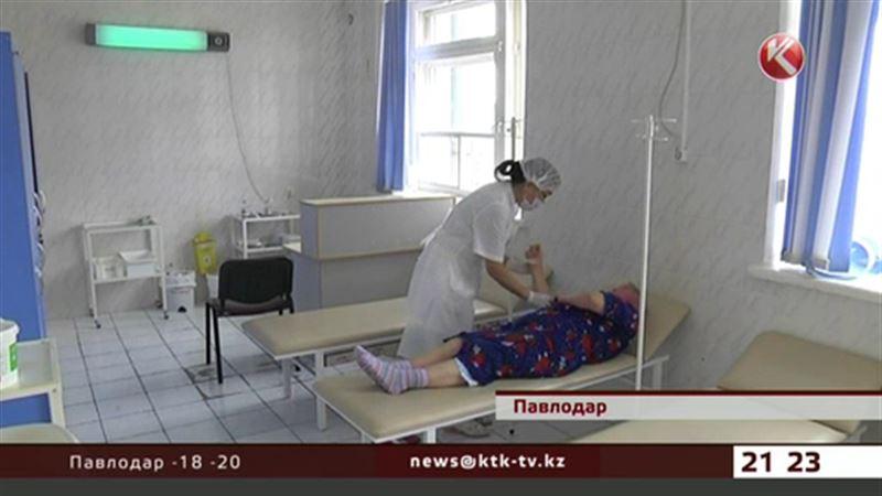 Павлодарские ветераны встали на защиту своей  больницы