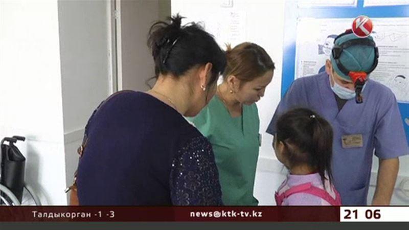 В Атырау выясняют, какое вещество стало причиной массового отравления детей