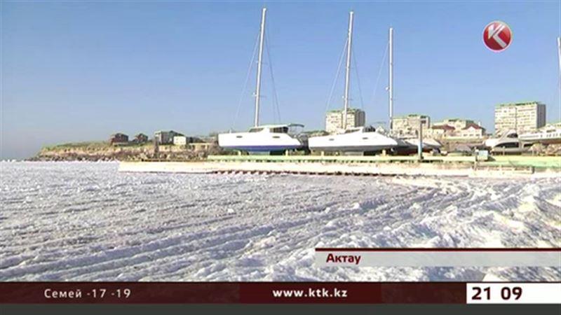 Замерз соленый Каспий
