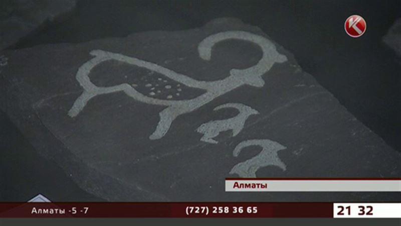 Наскальные рисунки Семиречья можно увидеть в Алматы