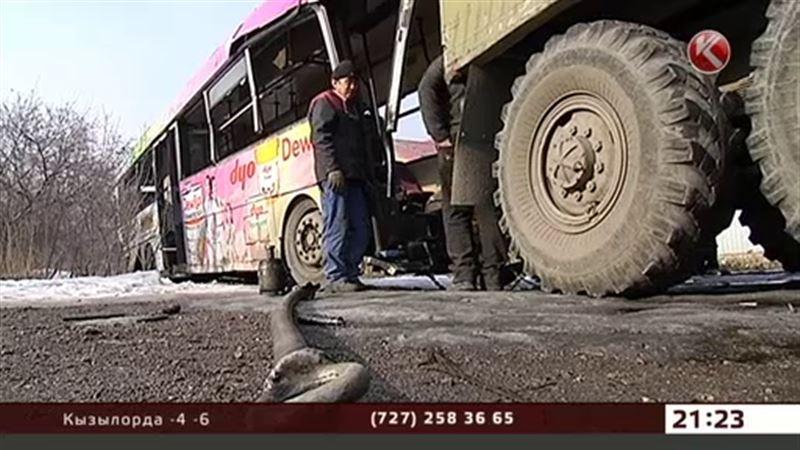 Алматинский автопарк лишили лицензии на два маршрута