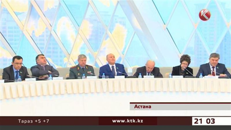Политические партии поддержали внеочередные президентские выборы