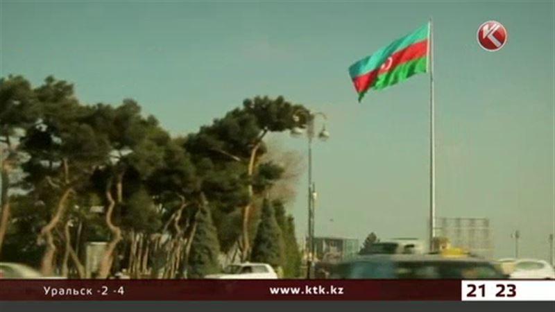 В Азербайджане национальная валюта рухнула на 35%