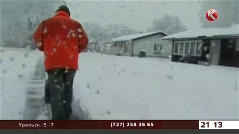 США опять занесло снегом