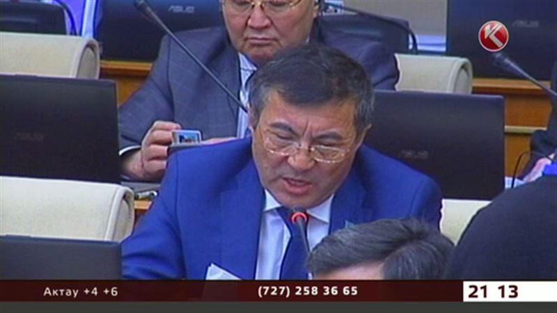 Стареть на родине казахстанские депутаты боятся