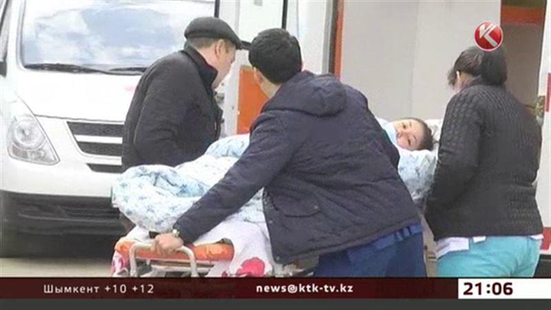 Эксперты: дети просто испугались прививок, поэтому попали в больницу
