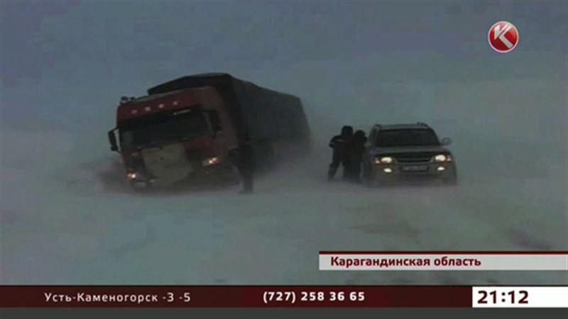 Казахстанские спасатели трудятся без отдыха