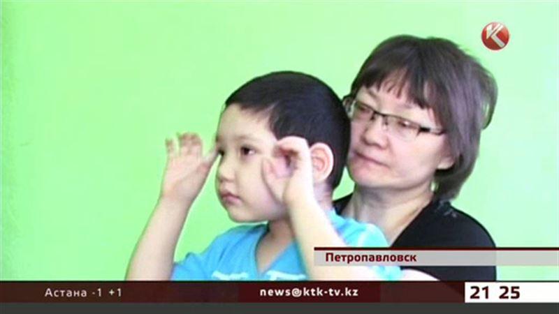 Казахстанские звезды борются за жизнь маленького Алихана