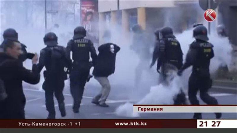 Акция протеста во Франкфурте закончилась кровопролитием