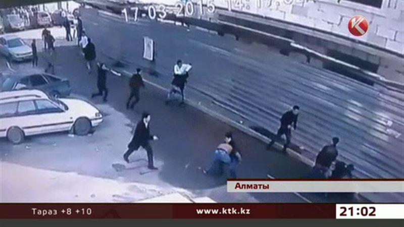 Алматы обсуждает массовую драку, устроенную студентами