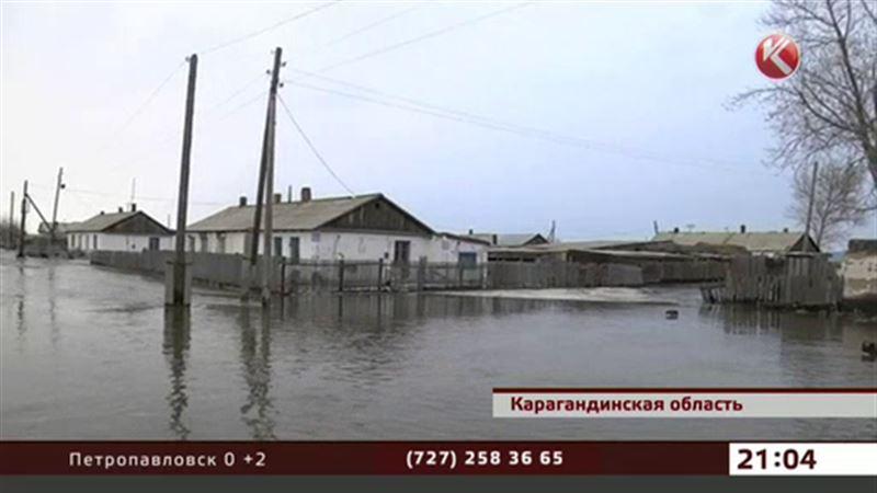 В Караганде минус 20, но талые воды продолжают топить села
