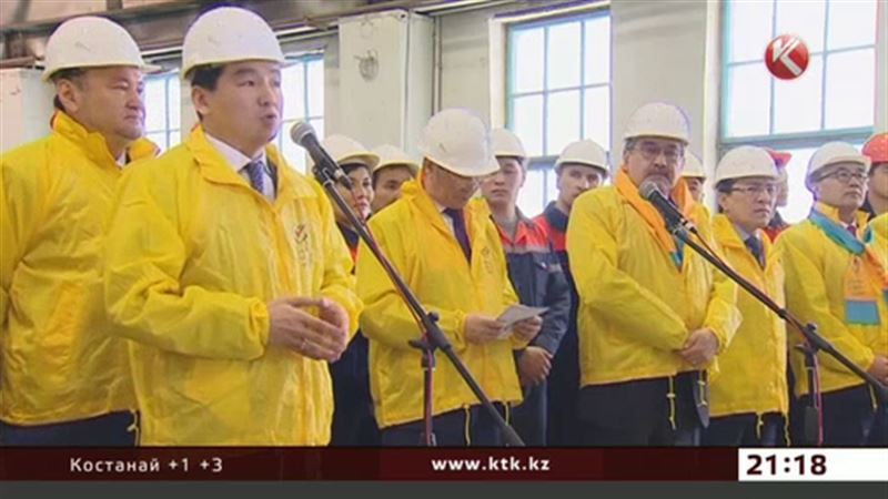 С жителями Семея встретились сторонники Назарбаева
