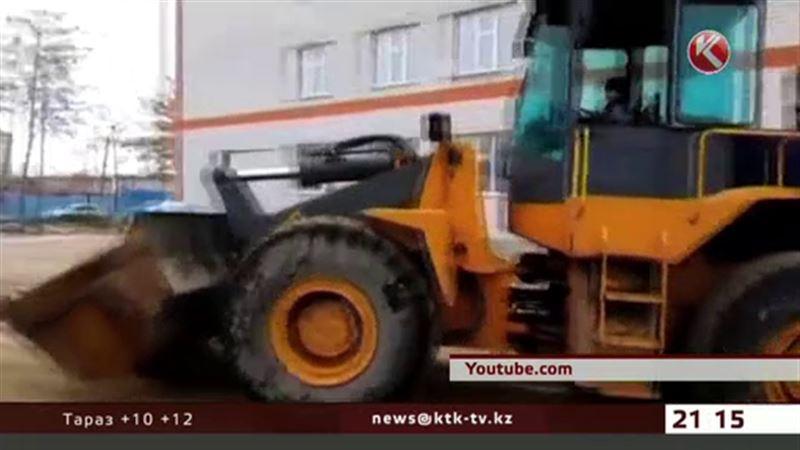 Павлодарца, который усадил за руль 6-летнего сына, оштрафовали