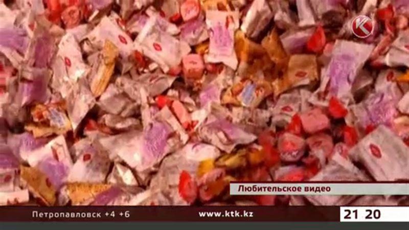 На Донецк обрушился дождь из конфет