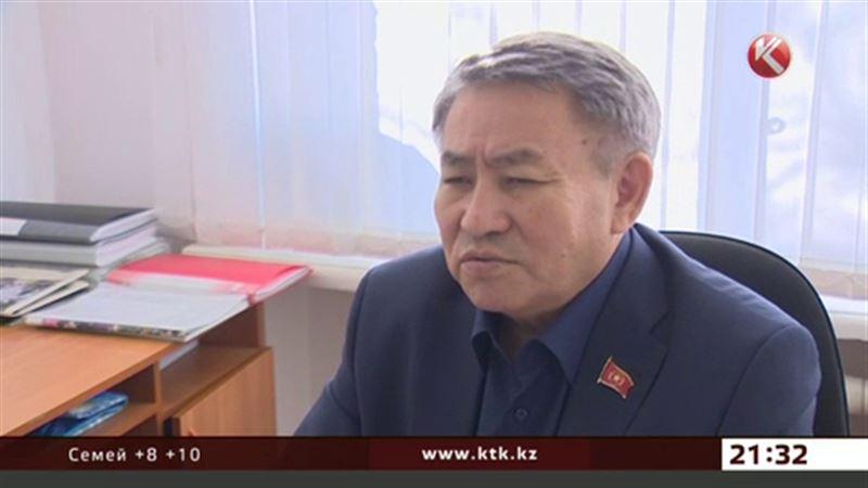 Предвыборную программу Сыздыкова разъяснят при помощи гаджетов