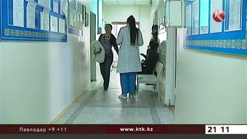Вспышка сальмонеллёза в Астане: 27 человек на больничных койках
