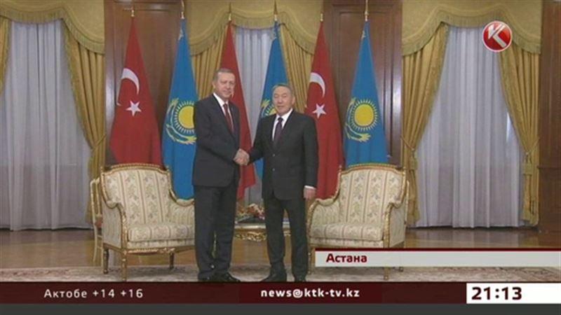 Президент Турции ездил по Астане в сопровождении эскорта