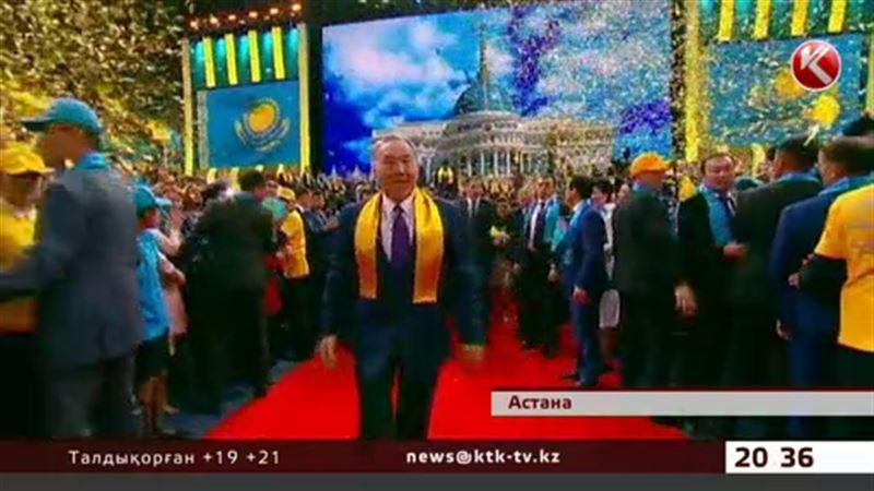 Сайлауда жеңіске жеткен Назарбаев теңге құлдырамайды деп уәде етті