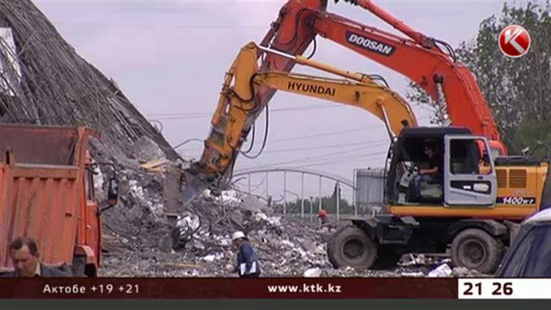 По факту обрушения моста в Алматы завели два дела