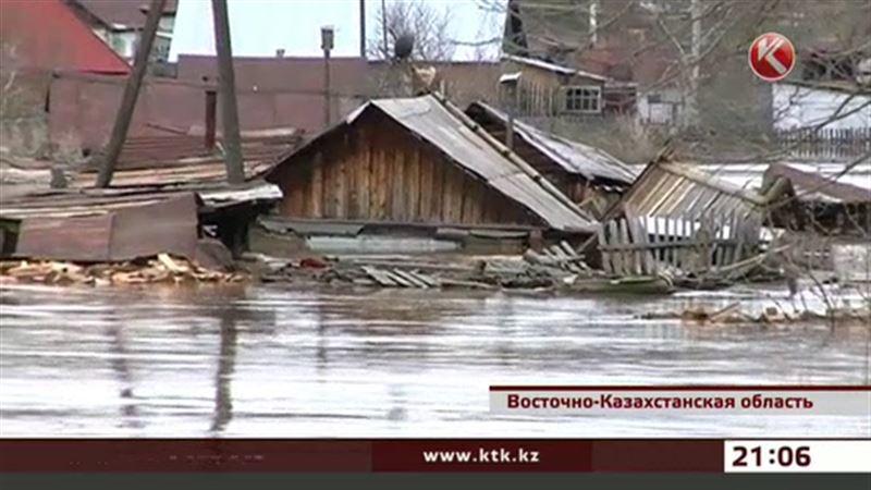 В Зыряновском районе ВКО дома ушли под воду на два метра
