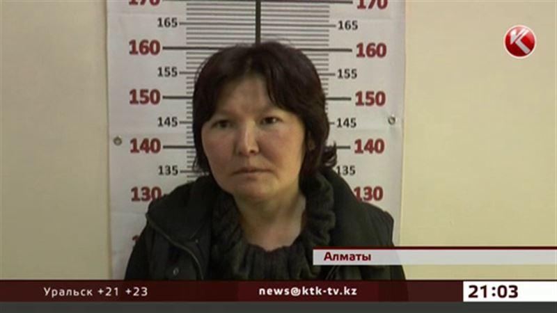 В Алматы пьяная женщина насмерть сбила 4-месячного младенца