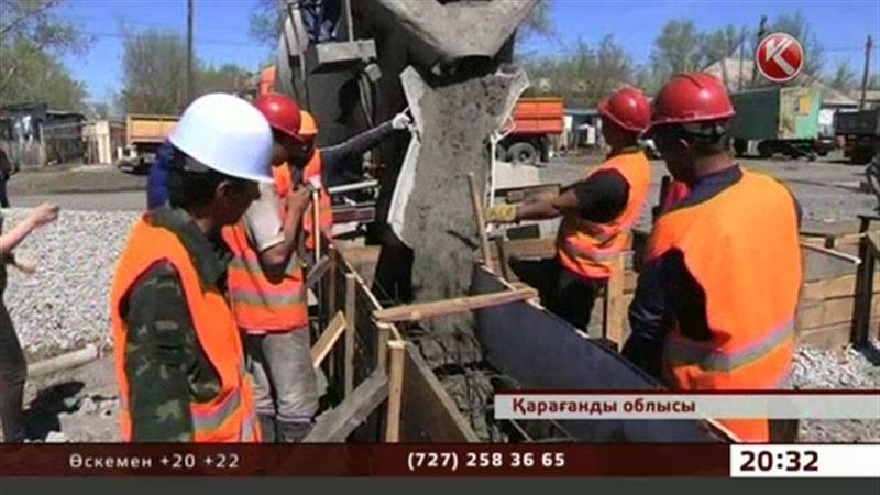 Қарағанды облысында тасқын құлатқан баспаналардың алғашқысының жаңа іргетасы қаланды