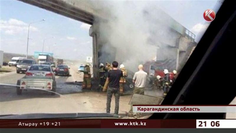 В ДТП под Темиртау заживо сгорел водитель «Мерседеса»