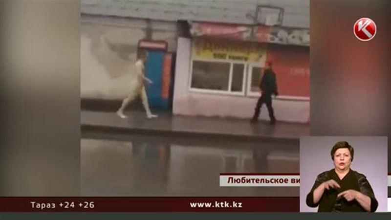По улицам Астаны разгуливал обнаженный мужчина