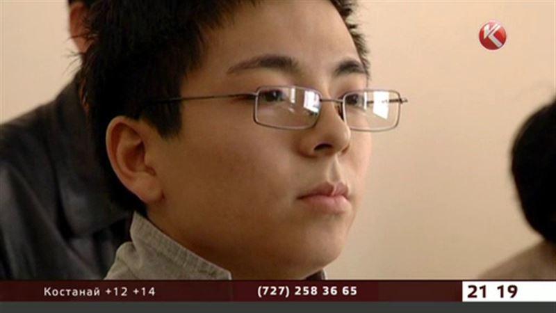 Подозреваемого в убийстве оправдали присяжные, и все же он предстанет перед судом