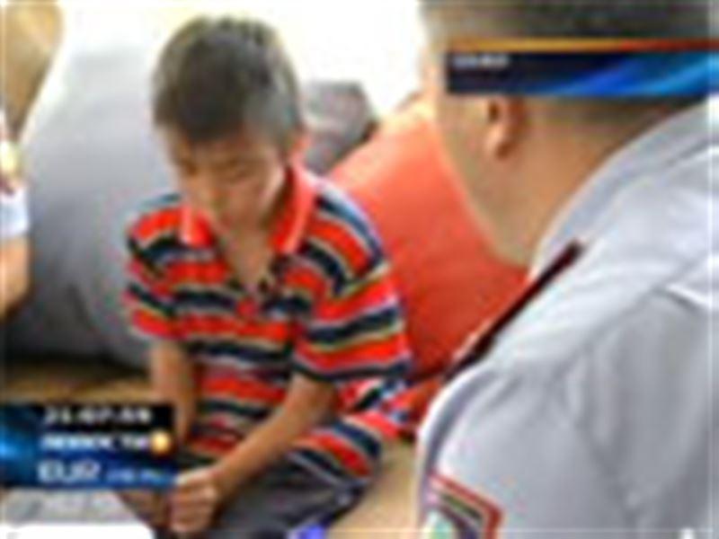 В Семее разыскивают родителей 11-летнего мальчика из Павлодара. Он решил совершить турне по городам Казахстана