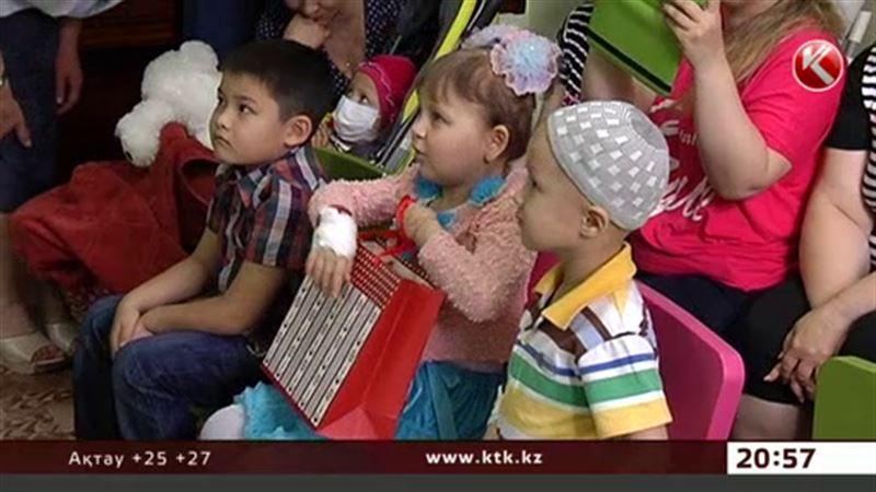 Алматыда имамдар науқас балаларға ерекше тарту жасады