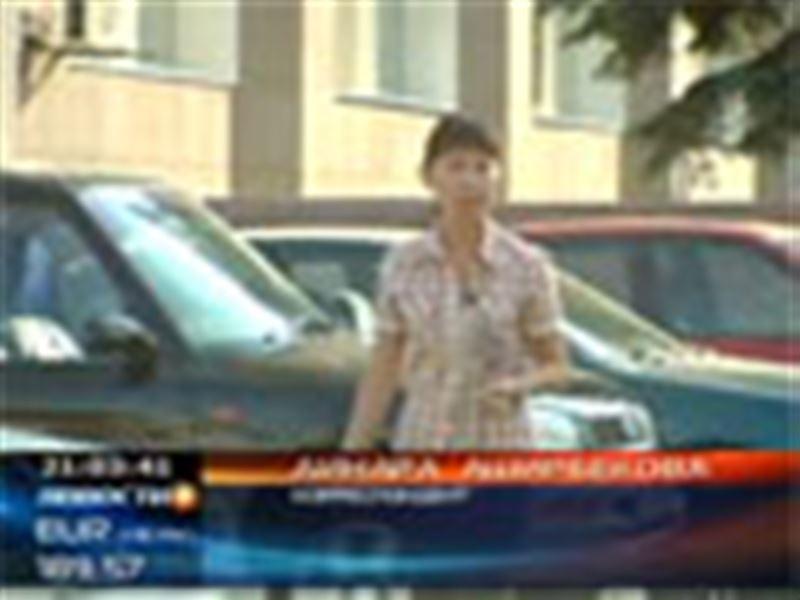Автомобильный скандал в Актобе. Владельцы сразу 36 дорогих иномарок оказались без своих машин