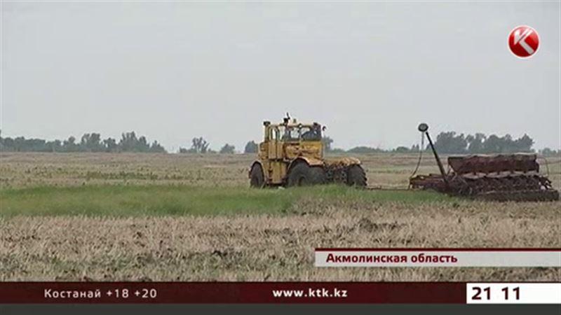 Погода срывает график посевной в Казахстане