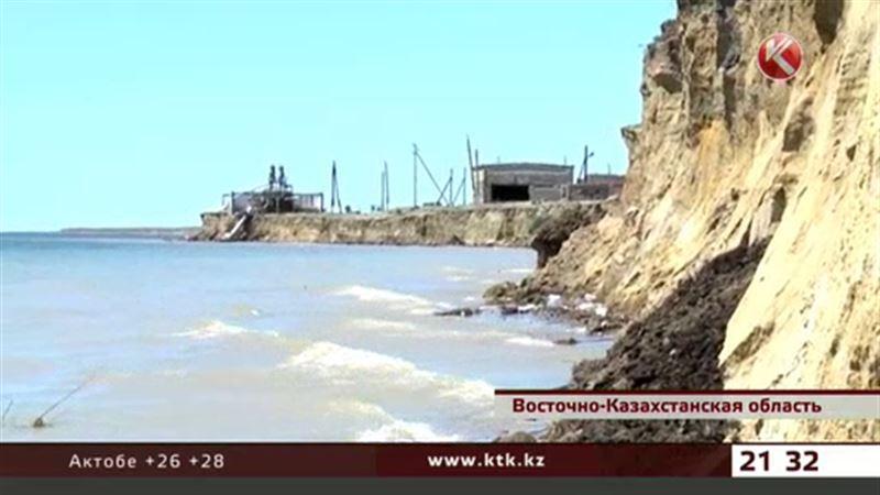Обитатели домов на краю Зайсана ошарашены размером компенсации