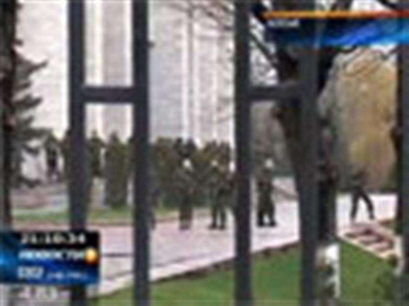 В Бишкеке снова митинг. На этот раз на акцию протеста вышли ветераны спецслужб