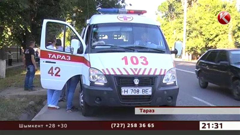 В Таразе пациенты умирают, не добравшись до больниц
