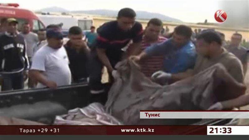 Трагедия в Тунисе унесла жизни 18 человек