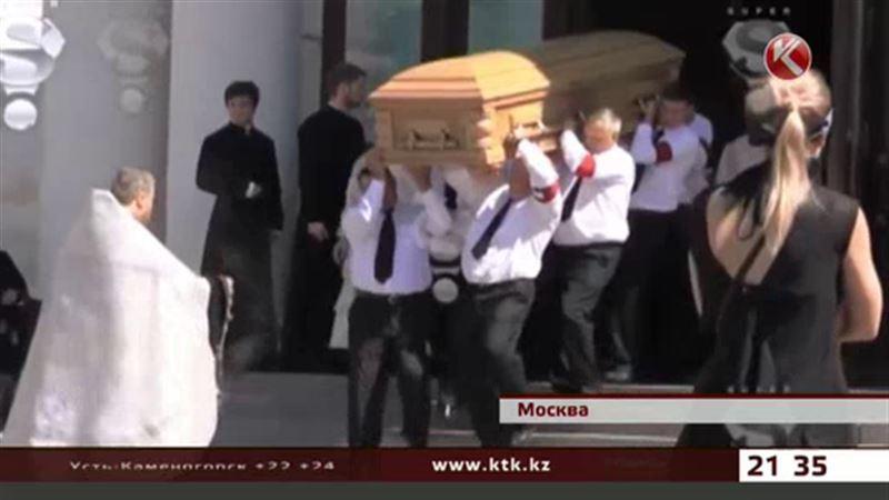 На похороны Жанны Фриске не пускали посторонних