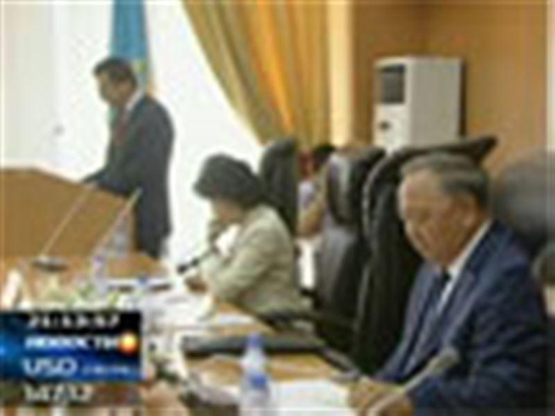 Откладывать переход на 12-летнее обучение в школах больше нет смысла. Такое заявление сделал министр образования Казахстана. Туймебаев