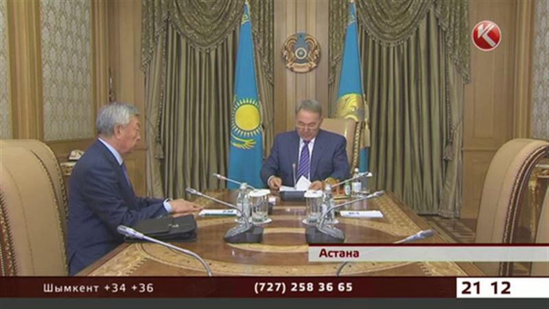 Назарбаев и Абыкаев совещались за закрытыми дверями