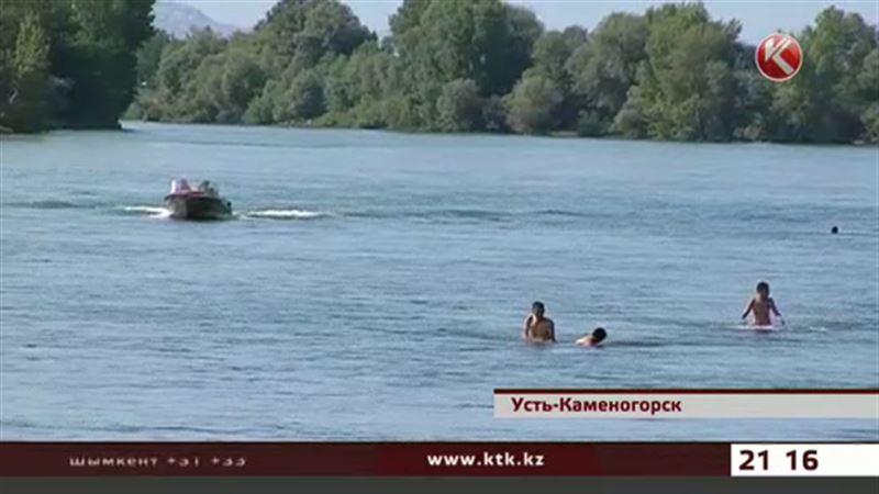 Восемь из десяти восточноказахстанцев тонут из-за водки