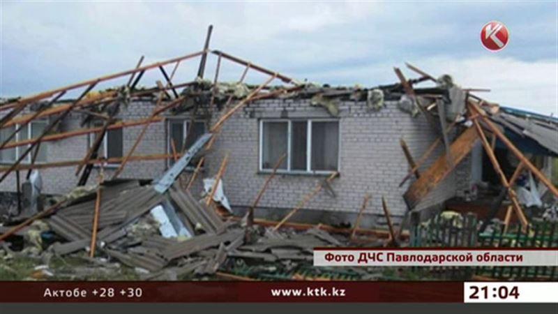 Школу, дом культуры и почту повредил ураган в Павлодарской области