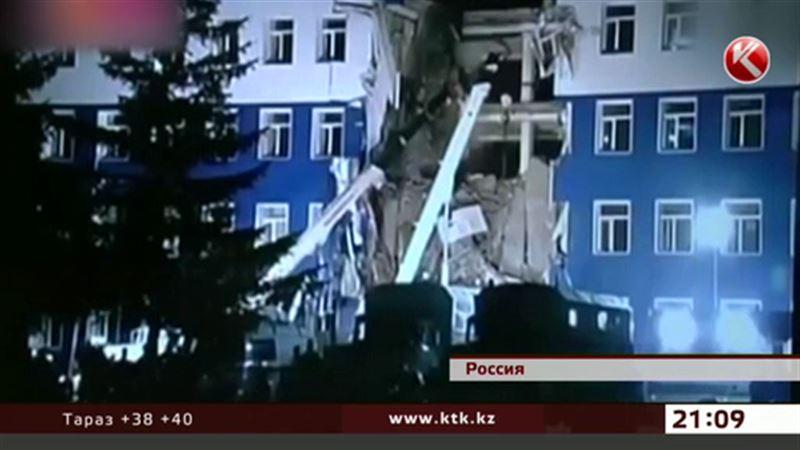 Под завалами казармы в Омске нашли 23 тела