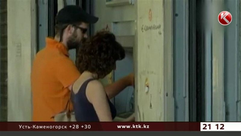 В Греции вновь заработали банки