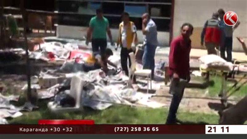 Мощный взрыв в Турции унес жизни 28 человек