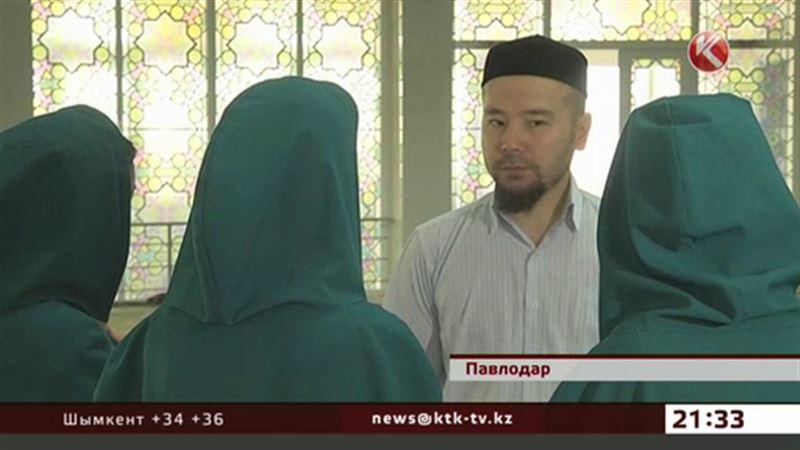 В Павлодаре ограбили имама центральной мечети