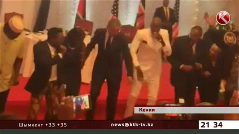 Барак Обама пустился в пляс