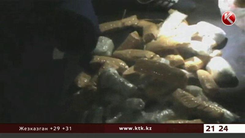 Казахстанских наркоманов лишили 32 килограммов чистого героина